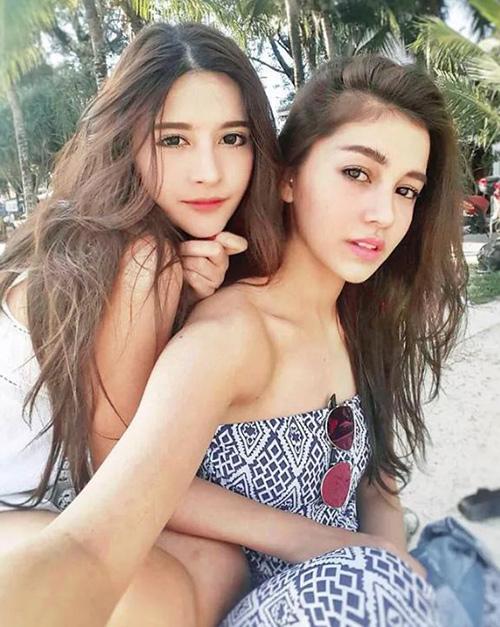 ve dep khong the roi mat cua hot girl thai lan mang dong mau lai - 15
