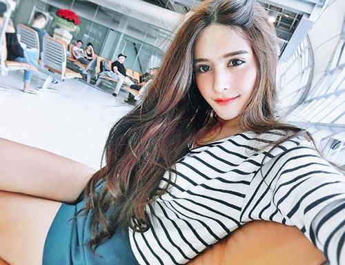 ve dep khong the roi mat cua hot girl thai lan mang dong mau lai - 6