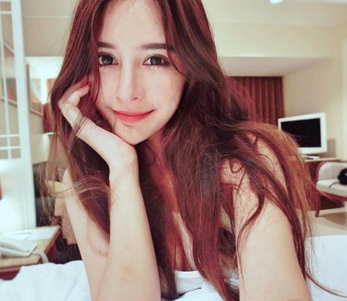 ve dep khong the roi mat cua hot girl thai lan mang dong mau lai - 7