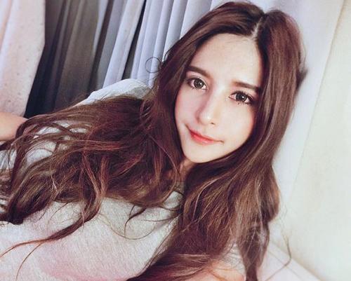 ve dep khong the roi mat cua hot girl thai lan mang dong mau lai - 8