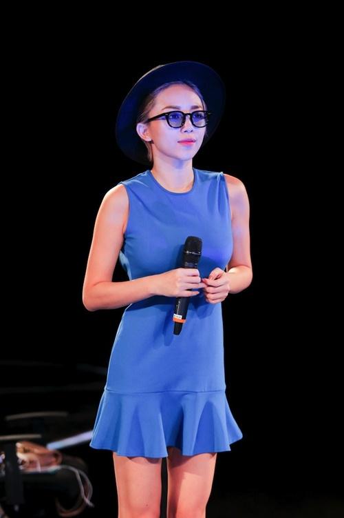 "toc tien goi cam, ""quay tung"" cung thi sinh vietnam idol 2016 - 3"
