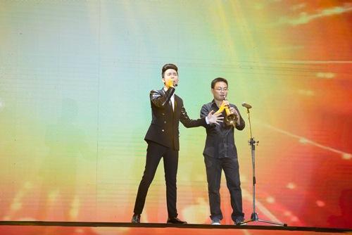 "x-factor: khanh thi xuat hien goi cam - minh nhu ""gay sot"" voi hit cua hari won - 18"