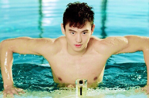"""kinh ngu """"dep mien che"""" tai olympic: xung danh nam than ngon tinh - 3"""