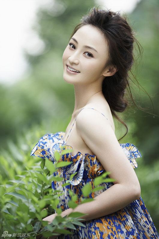 """nguoi dep """"hong lau mong"""" bi to la ke chuyen giat chong - 3"""