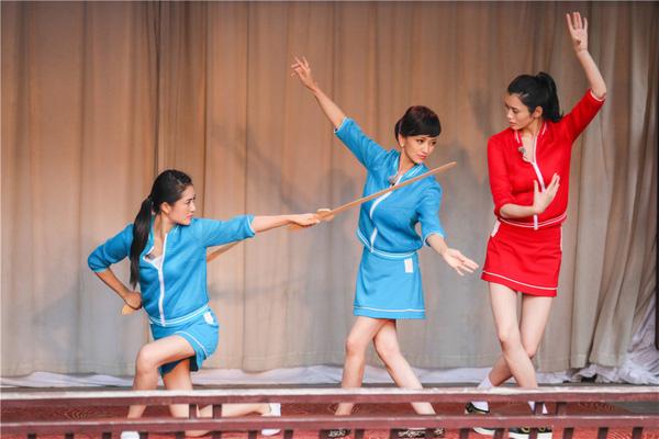 """61 tuoi, """"bieu tuong sac dep tvb"""" trieu nha chi van """"tre mai khong gia"""" - 6"""