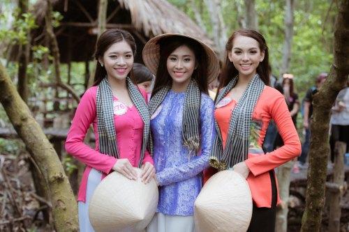 "hoa hau viet nam 2016: cac thi sinh xom tu ""lam loan"" fanpage hhvn - 5"