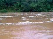 Tin tức - 7 người chết, 4 người bị thương vì mưa lũ, sạt lở đất