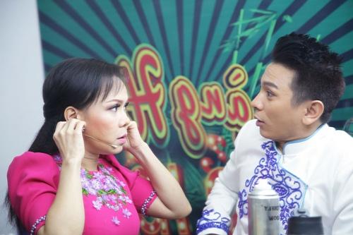 """duc hai khoe dang """"bung phe"""" dang yeu ben viet huong, bach long - 15"""