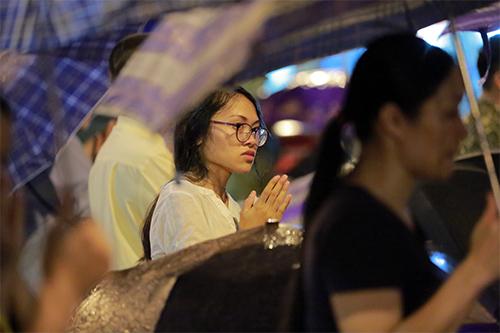 bien nguoi doi mua, ngoi chat kin long duong lam le vu lan tai chua phuc khanh - 8