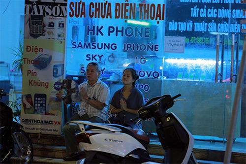 bien nguoi doi mua, ngoi chat kin long duong lam le vu lan tai chua phuc khanh - 12