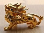 Tin tức - Những linh vật phong thủy 'mạ vàng' hút khách tháng cô hồn