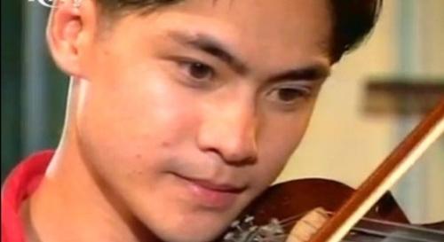 """cuoc song hien tai sau 20 nam cua nam dien vien """"xin hay tin em"""" - 1"""