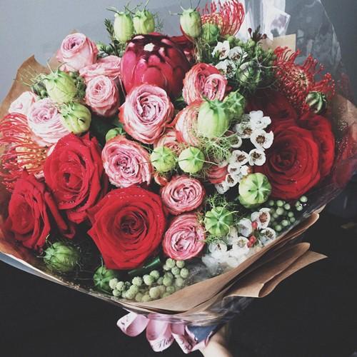 cuong do la tang hoa, viet thu tay cho ha vi ky niem 10 thang yeu nhau - 1