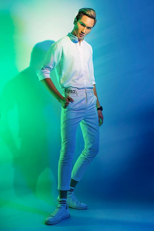 next top model: chinh anh qua da, hot girl 1m55 chan bong dai nhu 1m7 - 4