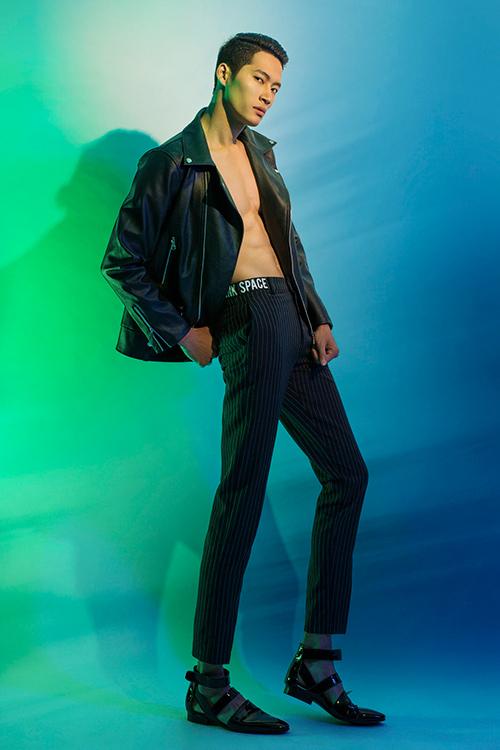 next top model: chinh anh qua da, hot girl 1m55 chan bong dai nhu 1m7 - 8