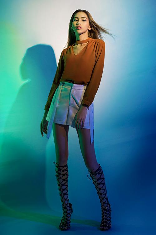next top model: chinh anh qua da, hot girl 1m55 chan bong dai nhu 1m7 - 9