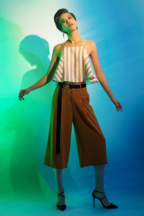 next top model: chinh anh qua da, hot girl 1m55 chan bong dai nhu 1m7 - 11