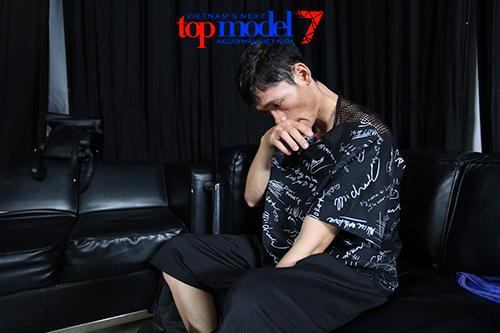 vn next top model: trai que bi thanh hang duoi khoi truong quay - 3