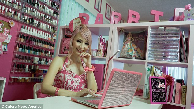 """nga mu"" truoc con cuong barbie cua nguoi phu nu u40 - 5"