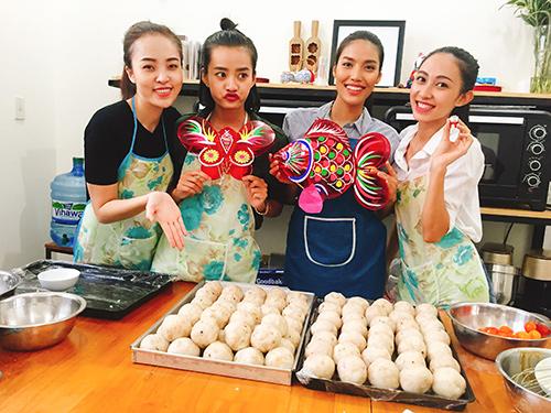 team lan khue lam banh trung thu tang tre em ngheo - 1