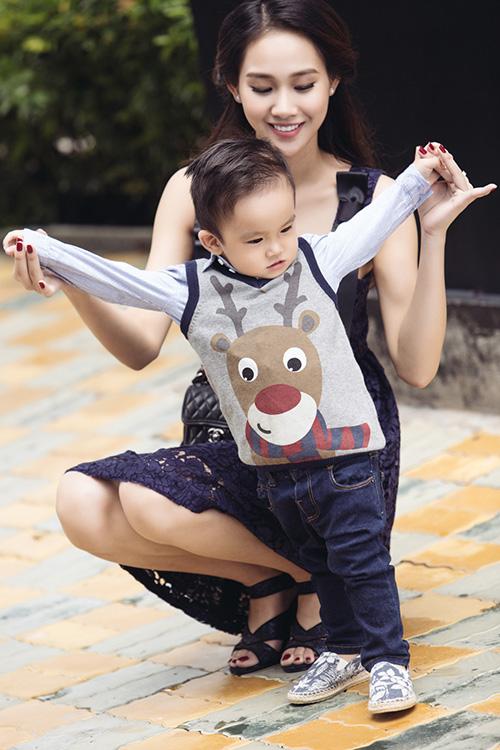 """""""me don than"""" thanh truc khoe con trai gan 2 tuoi dang yeu nhu hot boy - 8"""