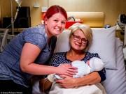 Tin tức - Xúc động câu chuyện người mẹ 46 tuổi tình nguyện mang thai hộ con gái bị bệnh bạch cầu