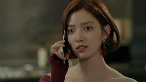 """yeu khong kiem soat tap 15: suzy """"chet sung"""" nhin kim woo bin hon gai giau - 1"""
