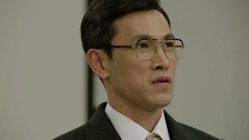 """yeu khong kiem soat tap 15: suzy """"chet sung"""" nhin kim woo bin hon gai giau - 9"""