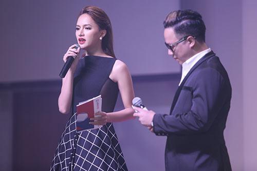"""huong giang idol """"hung ho"""" khoe vong mot goi cam - 6"""