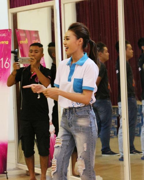 lan ngoc chia se cach vuot scandal cho thi sinh hh viet nam 2016 - 3