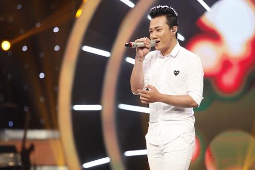"""vietnam idol: chang trai """"bun bo"""" khien giam khao tiec nuoi khi ra ve - 5"""