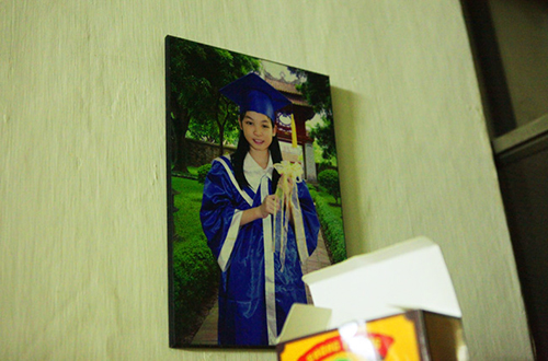 """hang xom tiet lo ve tan hoa hau: """"song khong co gi de noi"""" - 8"""