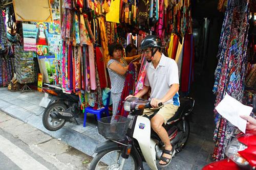 """hang xom tiet lo ve tan hoa hau: """"song khong co gi de noi"""" - 10"""
