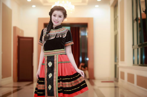 "quan quan sao mai 2015 thu hang dep tua nu than ngay ""tro ve"" - 12"