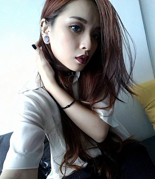 Cô gái Sài Gòn 19 tuổi gây chú ý vì đeo khuyên kín môi-3