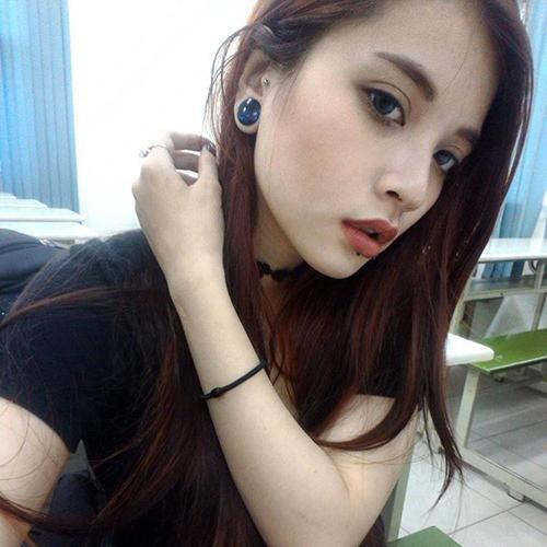 Cô gái Sài Gòn 19 tuổi gây chú ý vì đeo khuyên kín môi-7