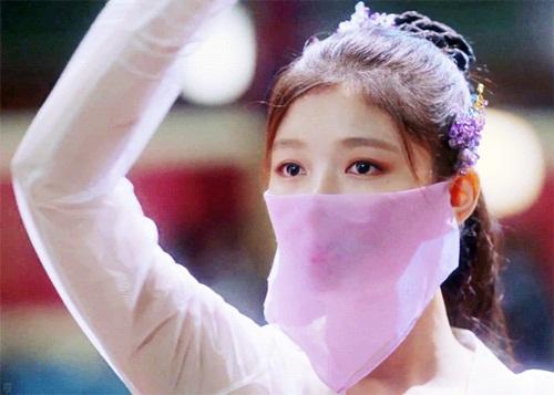 """""""may hoa anh trang"""" tap 4: kim yoo jung dep tua nu than voi dieu mua me hon - 3"""