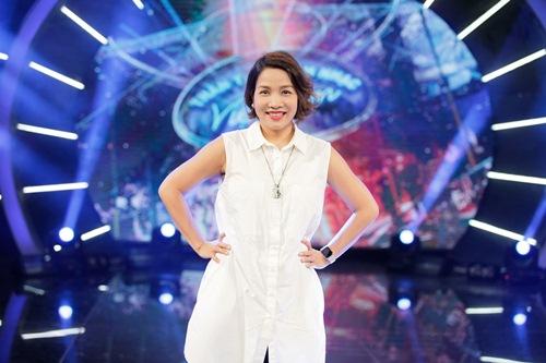 Diva Mỹ Linh xinh đẹp đi dạy hát cho thí sinh Vietnam Idol-5