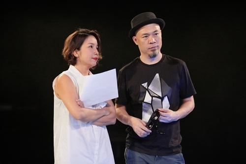 Diva Mỹ Linh xinh đẹp đi dạy hát cho thí sinh Vietnam Idol-21