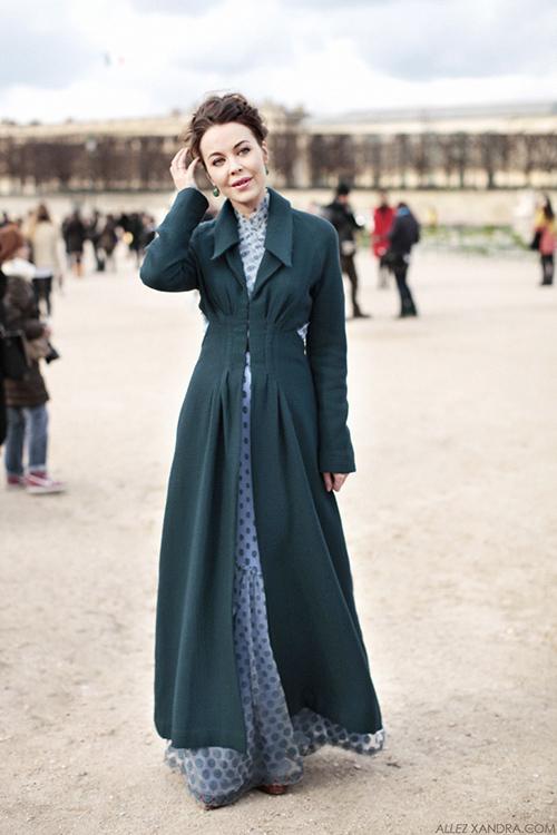 Phát ghen với thời trang cổ tích của vợ tỷ phú Nga-13
