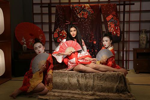 truong quynh anh bat ngo hoa sat thu geisha sac lanh ma quyen ru - 1