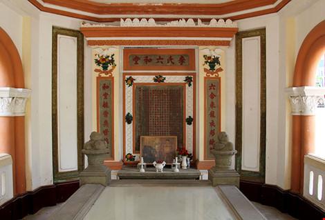 Choáng ngợp khu mộ cổ của bá hộ giàu nhất Sài Gòn xưa-10