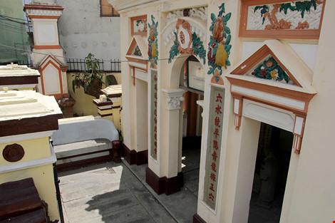 Choáng ngợp khu mộ cổ của bá hộ giàu nhất Sài Gòn xưa-3