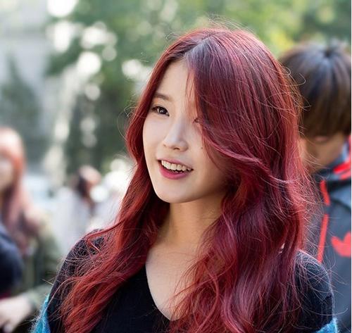 5 màu tóc siêu hot bạn tuyệt đối không thể bỏ qua trong mùa thu này-8