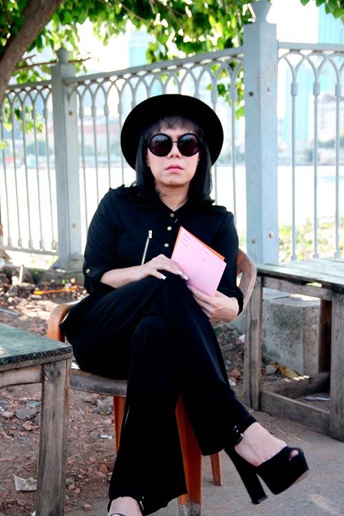 "thanh bach vo tu thay do giua chon dong nguoi, cung viet huong gay ""nao loan"" - 12"