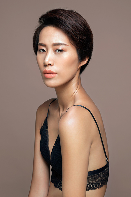 top 9 vietnam's next top model tung anh ban nude tao bao - 5
