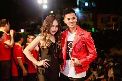 """nha phuong, tran thanh """"le bong"""" tren tham do vtv awards - 12"""