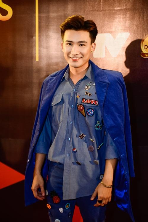 """nha phuong, tran thanh """"le bong"""" tren tham do vtv awards - 14"""