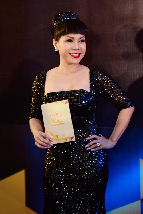 """nha phuong, tran thanh """"le bong"""" tren tham do vtv awards - 15"""