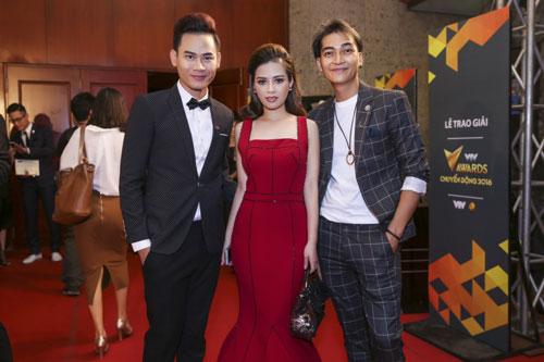 duong hoang yen long lay sac do tai vtv awards - 4